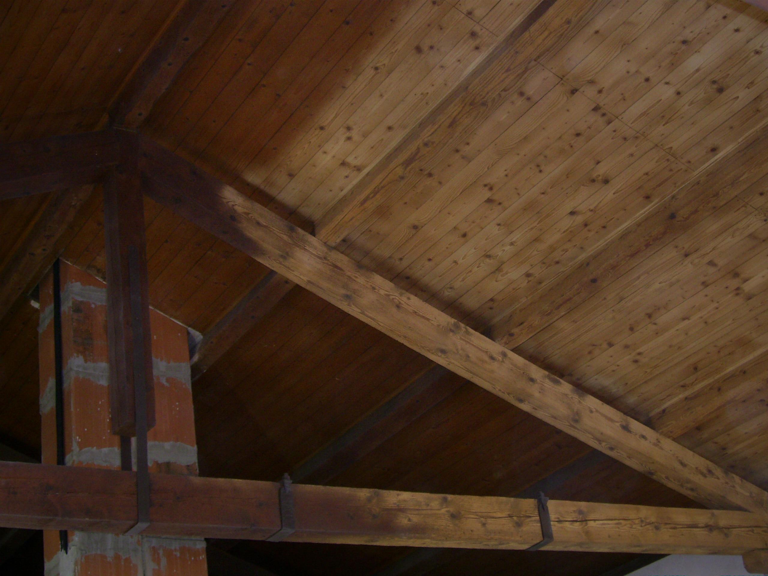 Soffitto Scuro Abbassa: Pareti grigie soffitto bianco colorate design la. Pareti della cucina ...